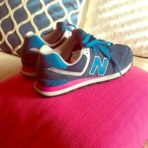 New balance 574 tennis shoes